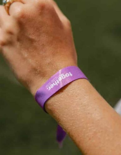 Doterra-purple-braclet-1024x683_64add43f829da116bc77415d11b902fd